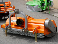 adjustable sideshift flail mower for 60 90hp tractors shredder with hammers mulcher mod tigre 200