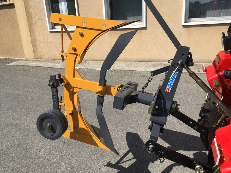 reversible-plough-with-manual-lever-operated-overturning-for-tractors-drp-35