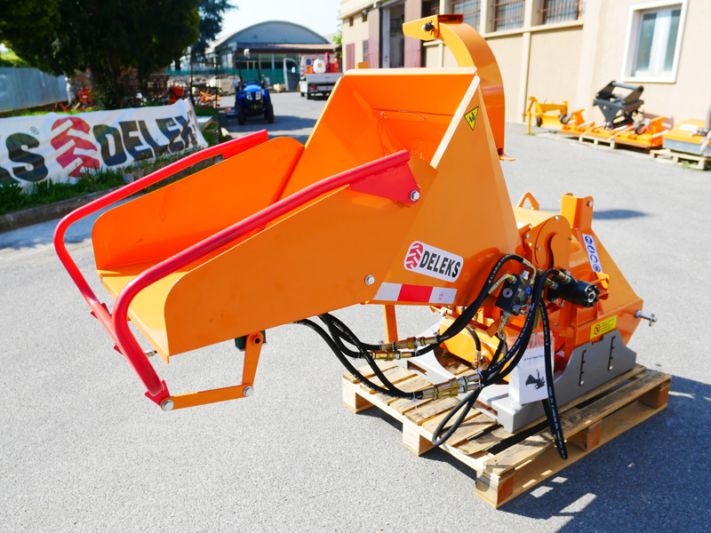 hydraulic-disk-wood-chipper-for-tractor-dk-1500
