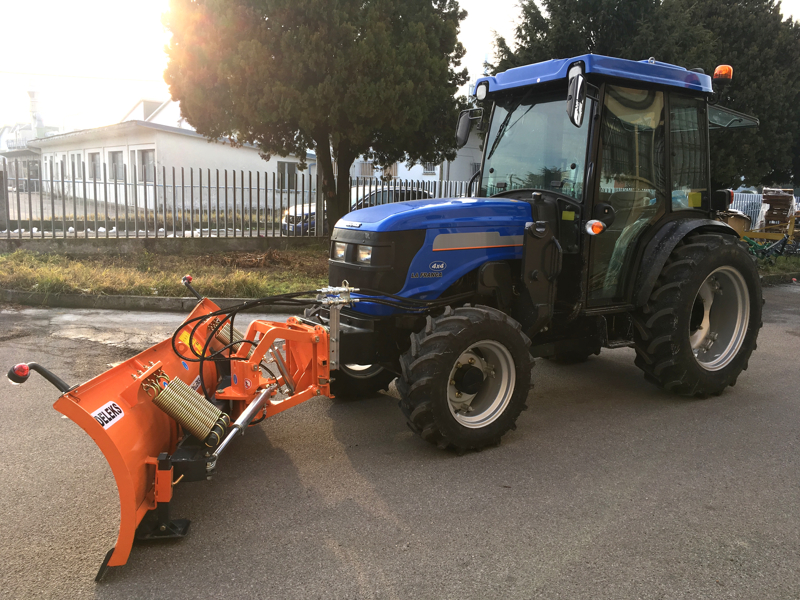 snowblade-with-plate-for-tractor-ln-220-a