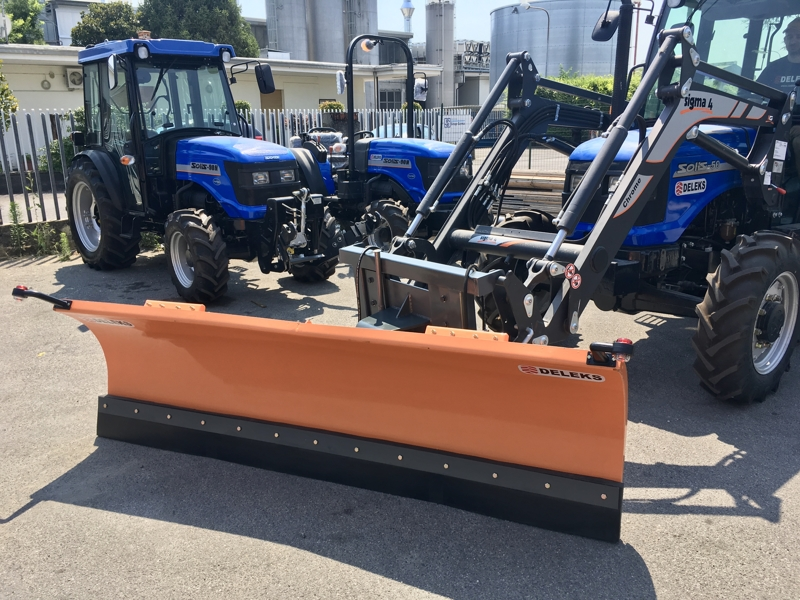 snowplow-for-tractor-front-end-loaders-ln-250-e