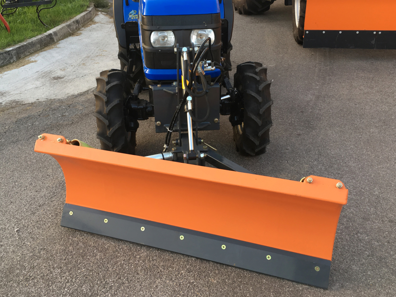 snowplough-with-plate-for-tractor-lns-150-a