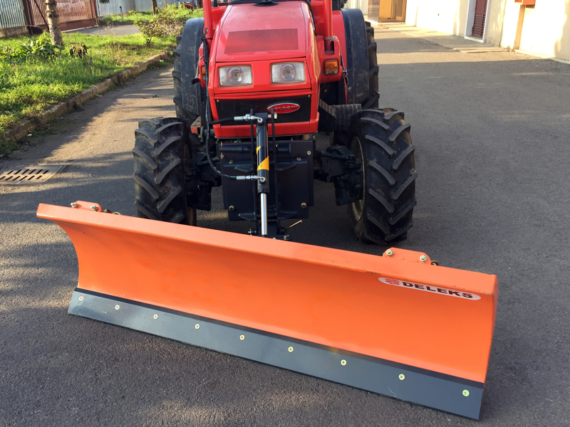 snowplough-with-plate-for-tractor-lns-190-a