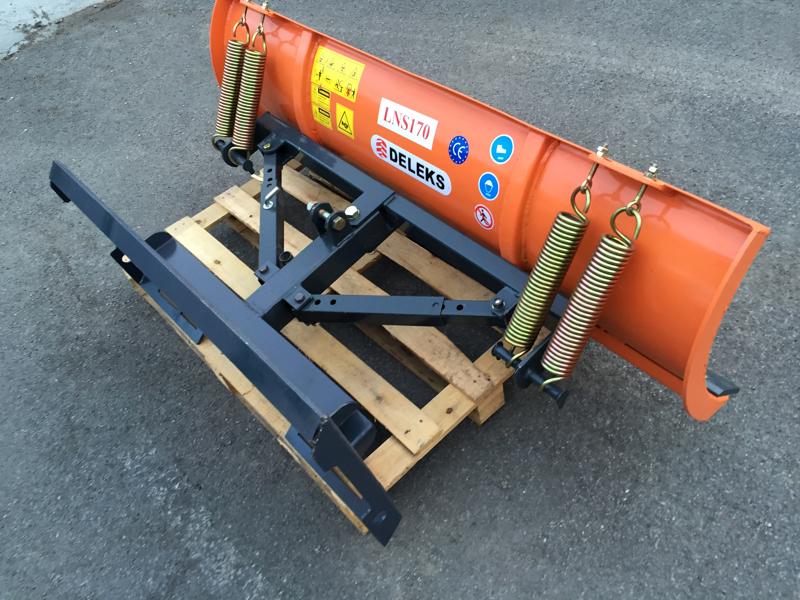 light-snow-plow-for-skid-steer-loaders-lns-170-m