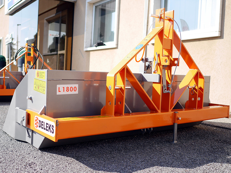 tipping-transportbox-for-tractor-prm-180-h