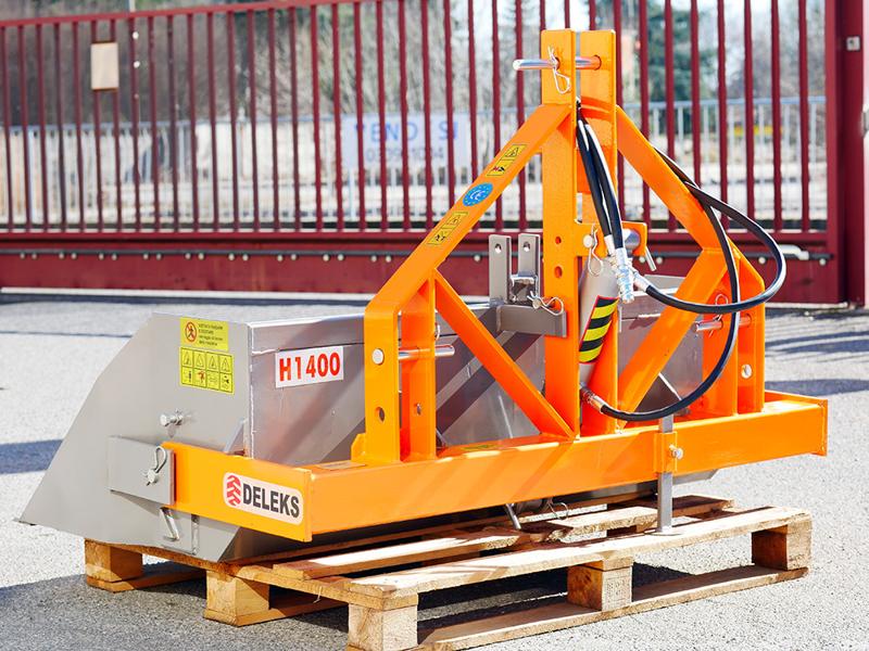 heavy-hydraulic-transport-box-for-tractor-pri-140-h