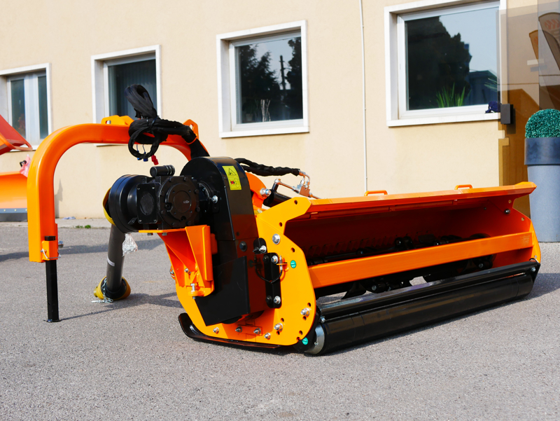 sideshift-flail-mower-heavy-offset-side-mulcher-for-tractors-alce-140