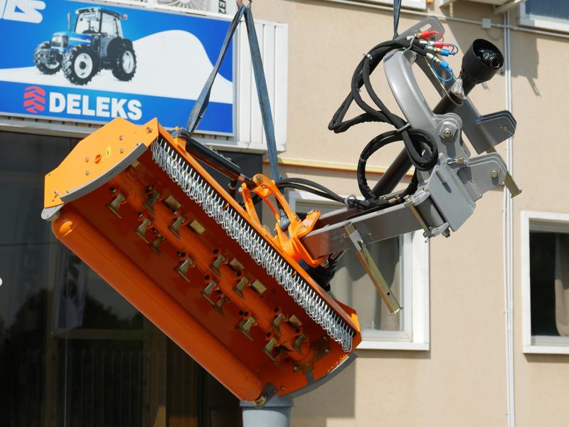 sideshift-flail-mower-offset-side-mulcher-for-tractors-deleks