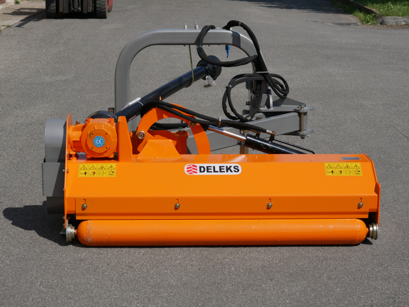 sideshift-flail-mower-offset-side-mulcher-for-tractors-deleks