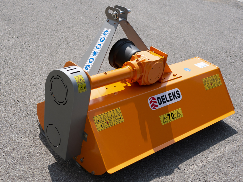 flail-mower-for-compact-tractors-140cm-mulcher-shredder-with-hammers-lince-140