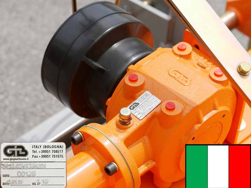 adjustable-sideshift-flail-mower-for-50-90hp-tractors-shredder-mulcher-tigre-180