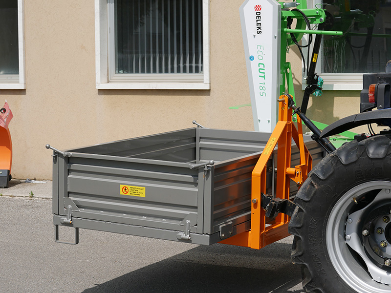 transport-box-for-tractor-t-2000