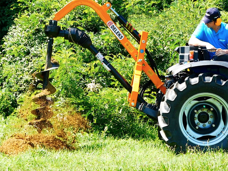 post-hole-digger-for-traktor-with-hydraulic-system-l-50h