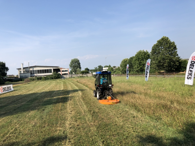 lawnmower-for-tractors-buggy-100