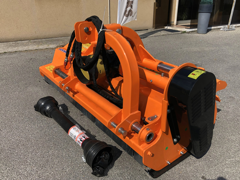 adjustable-sideshift-mower-for-tractors-shredder-mulcher-toro-240