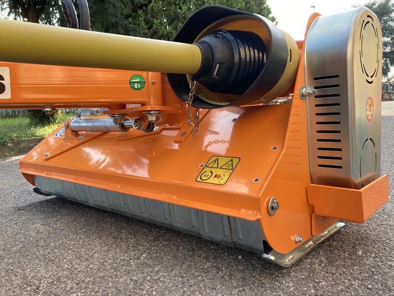 multi-use-sideshift-mulcher-for-tractors-volpe-120