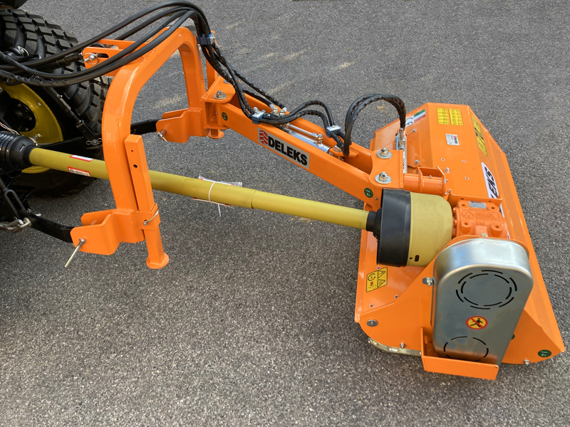 offset-verge-flail-mower-for-tractor-volpe-140